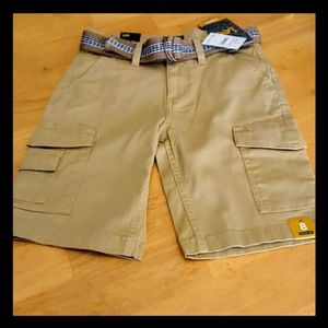 🌸 Just In! Lee cargo shorts, boy's size 8